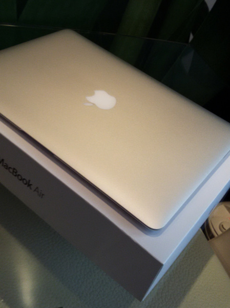 "Купить MacBook Air 13"" A1466 (Early 2015)"
